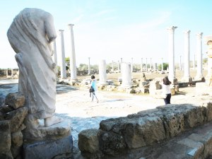 Salamis-gymnasium