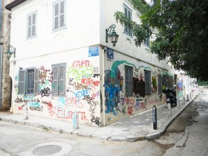 graffiti-on-newly-painted-house