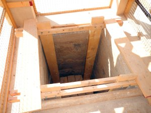 Zubarah-Fort-well