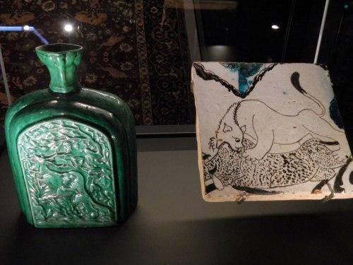 animal-motif-bottles